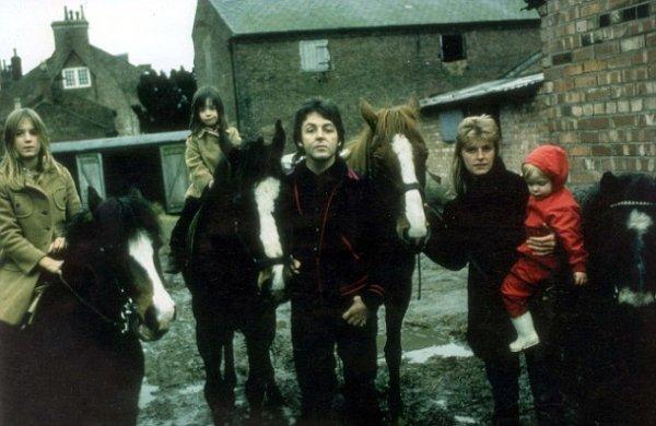 Daily Mail: Пола Маккартни не видели на ферме High Park Farm в Шотландии уже пять лет