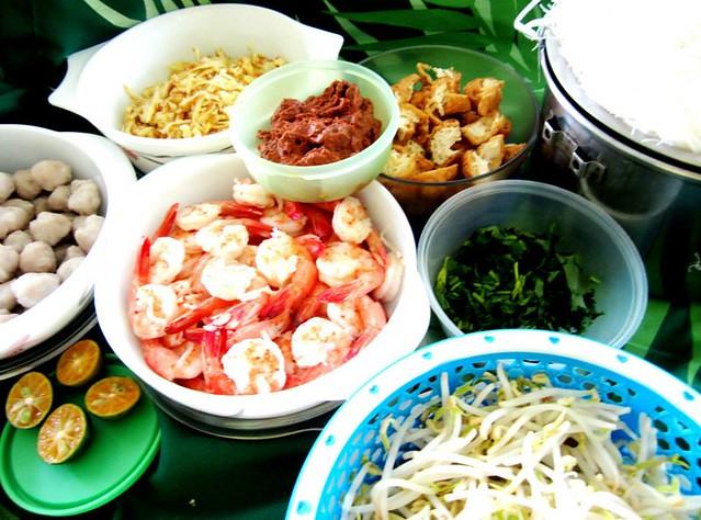 Sarawak laksa ingredients