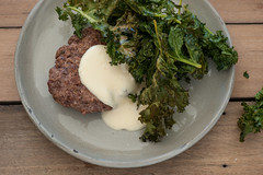 burgers with kale chips