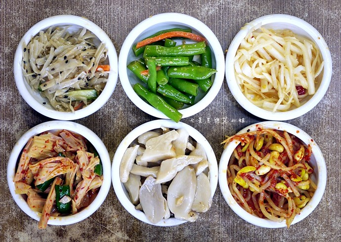 6 朝鮮味小菜吃到飽