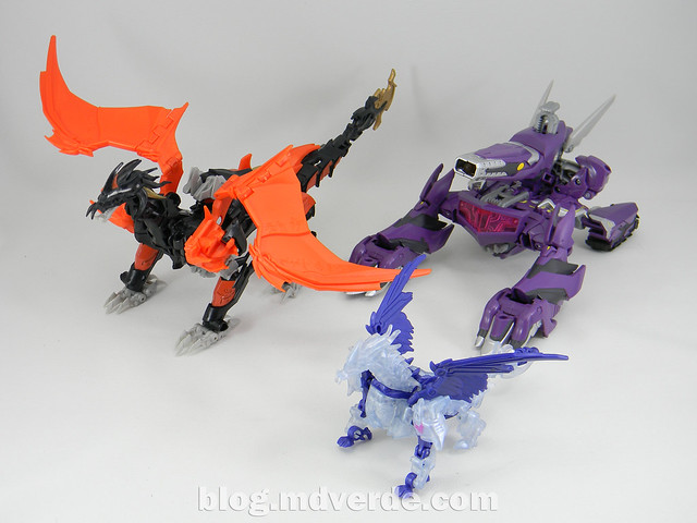 Transformers Predaking Voyager - Transformers Prime Beast Hunters - modo bestia vs Shockwave vs Predaking Commander