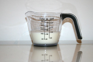 08 - Zutat Sahne / Ingredient cream