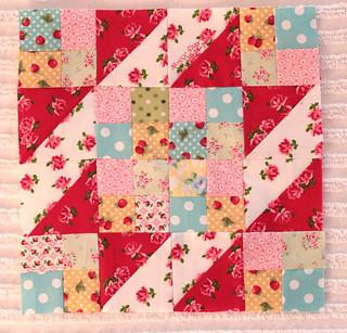 Sew Sweet Bee Block Missy