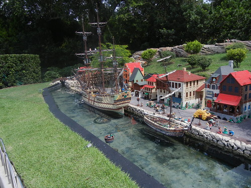 Sept 5 2014 Legoland Day 1 (35)