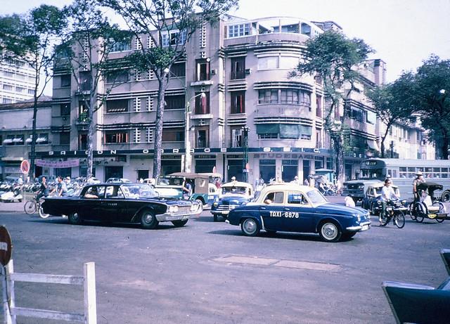 SAIGON 1965-66 - Công trường Lam Sơn. Photo by Dale Ellingson