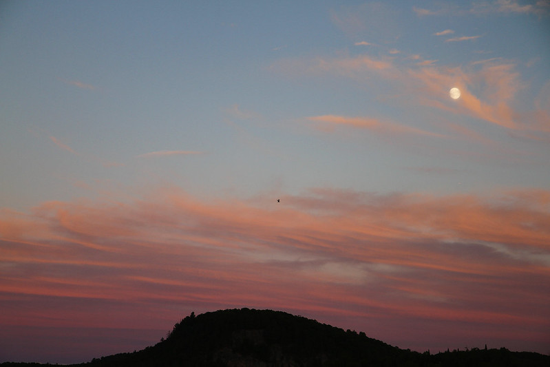 sunset moonrise2