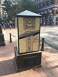 Image of Gastown Steam Clock near West End. vancouver gastown steamclock