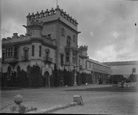 Palacio de la Sisla en abril de 1928. Fotografía de Aurelio de Colmenares y Orgaz, Conde de Polentinos Ⓒ Fototeca del IPCE, Ministerio de Educación, Cultura y Deporte. Signatura DCP-A-4071_P