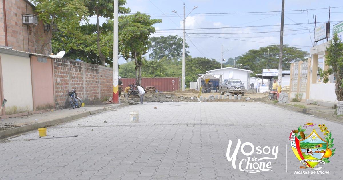 Calle en Los Naranjos Uno en Chone fue terminada al 100%