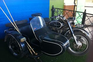 Image of Santiago. motos bikes bmwr 1942 bmwsidecar jedimar