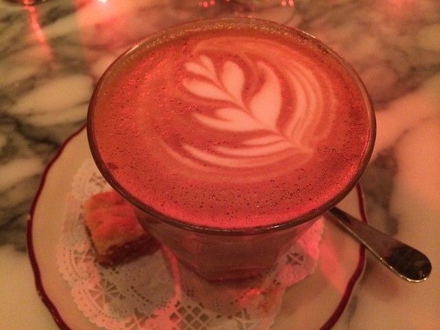 Cafe latte - Le Diplomate
