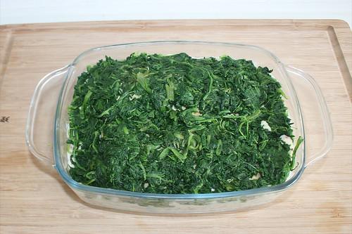 36 - Mit Blattspinat bedecken / Cover with leaf spinach