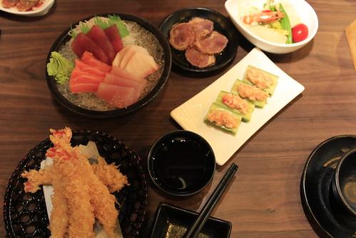 日本料理包廂食記-教師節讓老師在高雄松江庭餐廳吃到飽 (2)