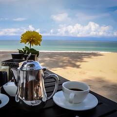 I love breakfast by the sea! #travel #thailand #foodporn #kohlanta #sea #nofilter