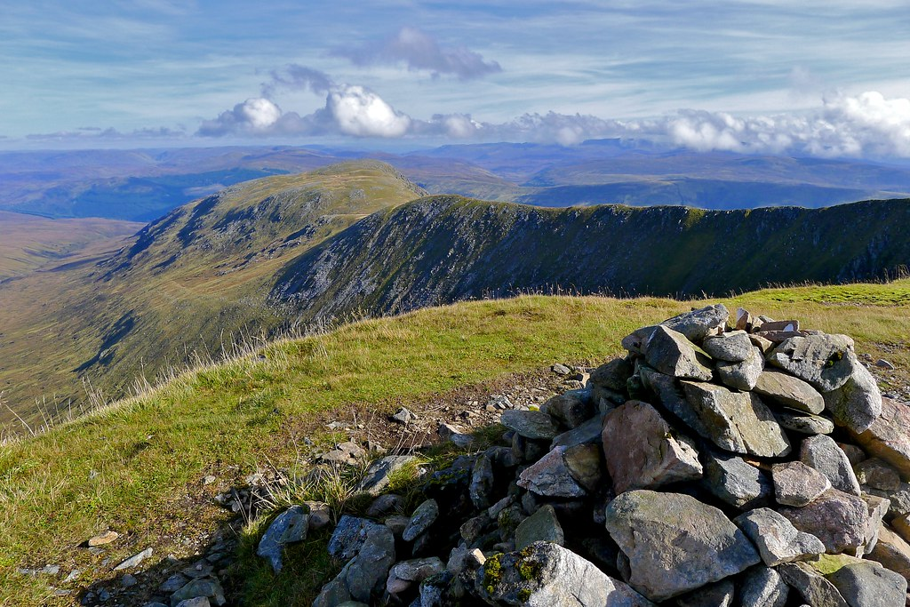 Summit cairn of Sron a'Choire Ghairbh
