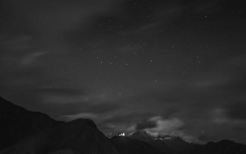 bw night clouds georgia stars landscape kazbegi stepantsminda gergetitrinitychurch