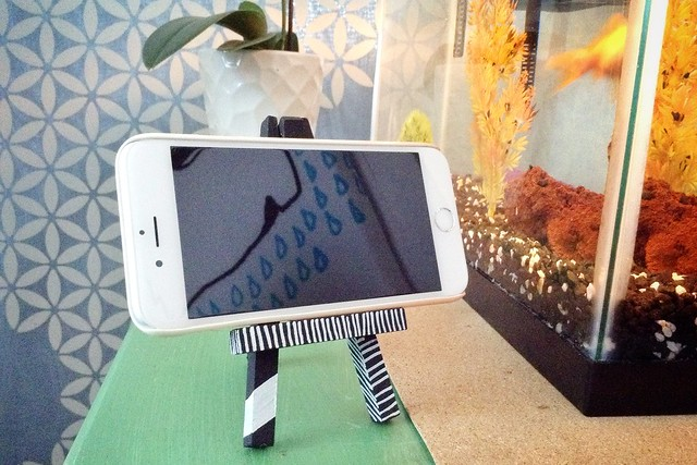 Easel phone stand