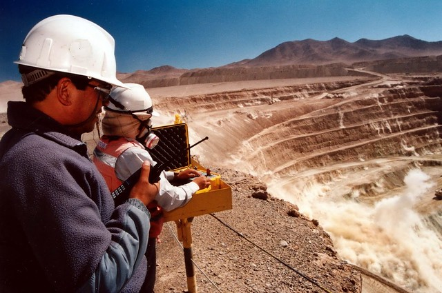 Guías metodológicas de la Ley de Cierre de Faenas Mineras
