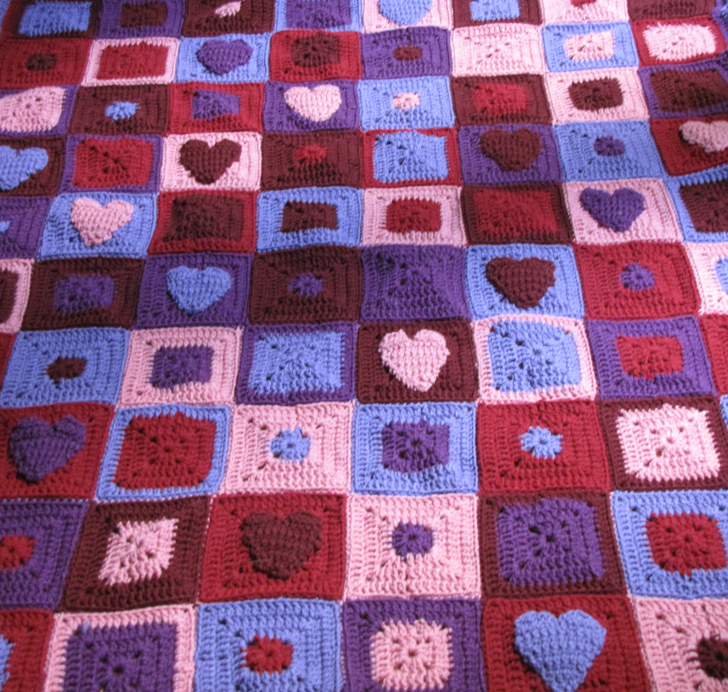 Crochet Afghan: Happy Hearts