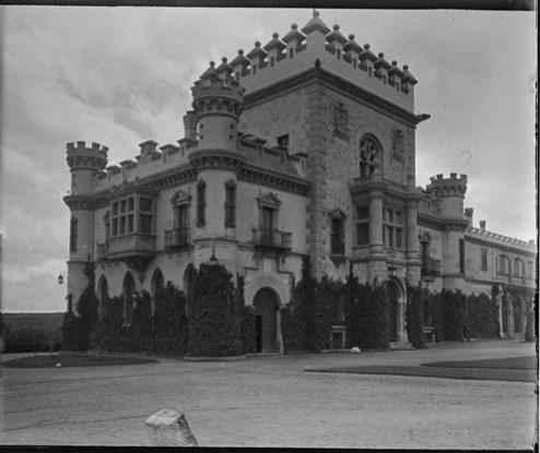 Palacio de la Sisla en abril de 1928. Fotografía de Aurelio de Colmenares y Orgaz, Conde de Polentinos Ⓒ Fototeca del IPCE, Ministerio de Educación, Cultura y Deporte. Signatura DCP-A-4070_P