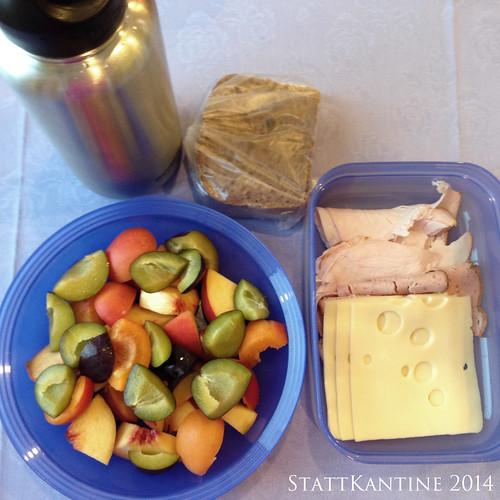StattKantine 02.10.14 - Aufschnitt, gem. Obst, Apfelsaft