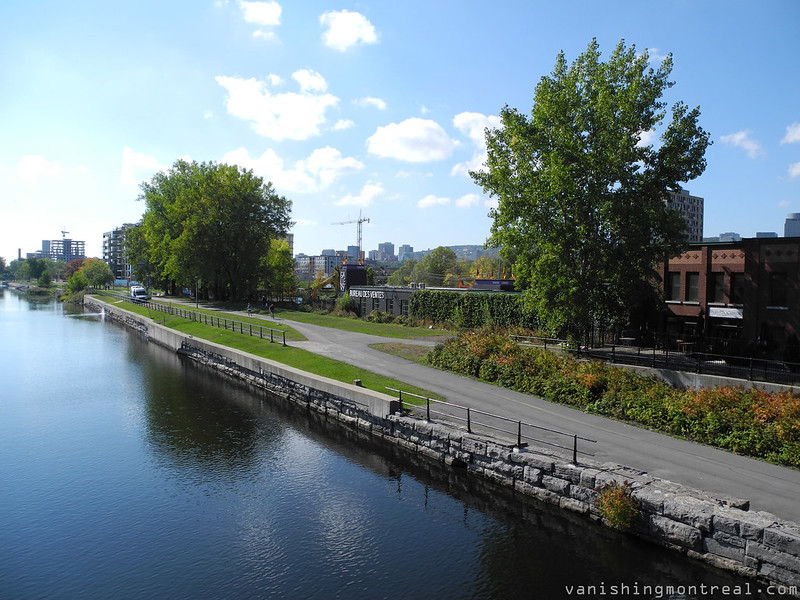 summer : Lachine canal