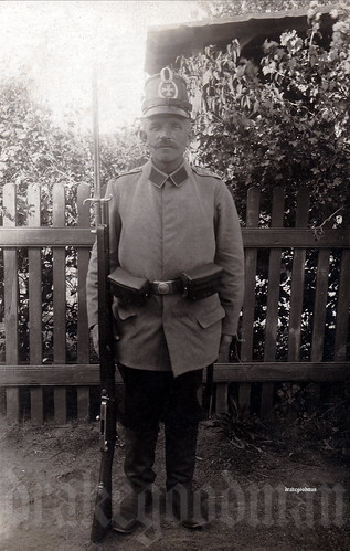 An unremarkable outdoors portrait of a Landsturmmann from an unidentified Landsturm battalion, early in the war