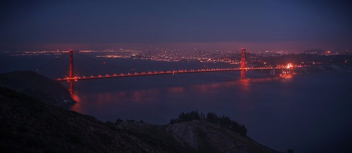 sanfrancisco blue red night raw goldengatebridge goldengate hazy sausalito hdr marinheadlands photomatix fav200 1xp nex6 selp1650