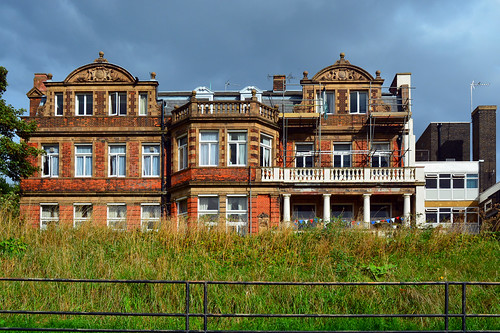 Branch Hill Lodge / NW3