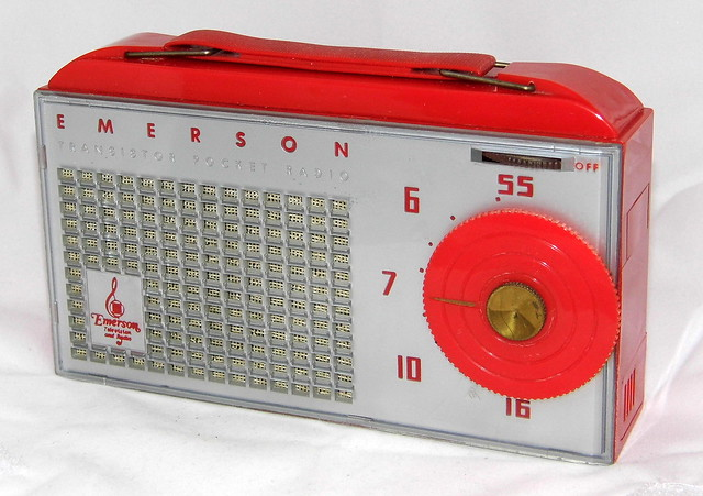 Vintage Emerson 838 Hybrid Pocket Radio (2 Transistors & 3 Subminiature Tubes), Broadcast Band Only (MW), Made In USA, Circa 1955