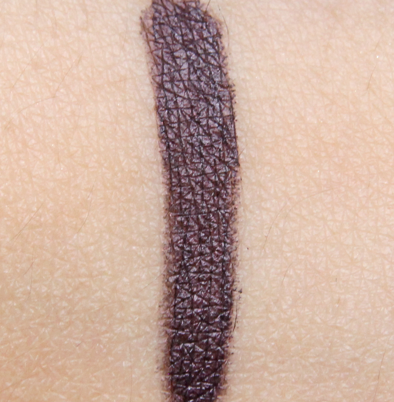 MAC earth sign fluidline eye pencil swatch