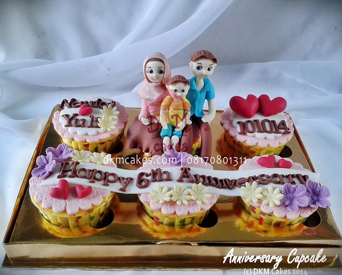 pesan cupcake jember, toko cupcake jember, DKM Cakes Jember,