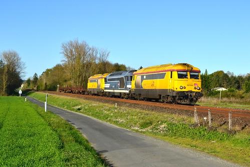 🇫🇷 SNCF Infra BB 67548 + BB 67513 + BB 67617 + trein 424001 te Razac-sur-l'Islep