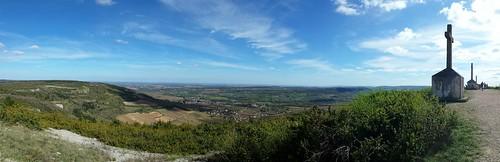 sky france landscape view ciel paysage bourgogne croix