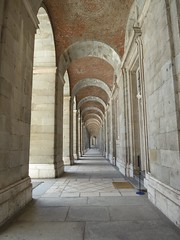 temple(0.0), crypt(0.0), symmetry(1.0), arch(1.0), ancient history(1.0), building(1.0), monastery(1.0), architecture(1.0), vault(1.0), aisle(1.0), arcade(1.0), column(1.0),