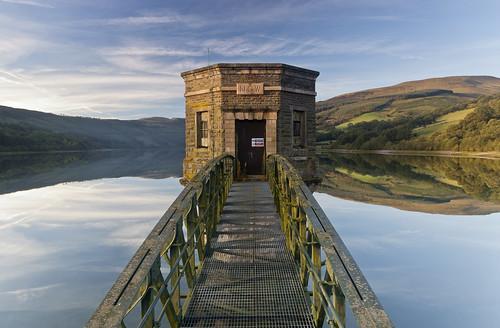 wales reservoir powys talybont