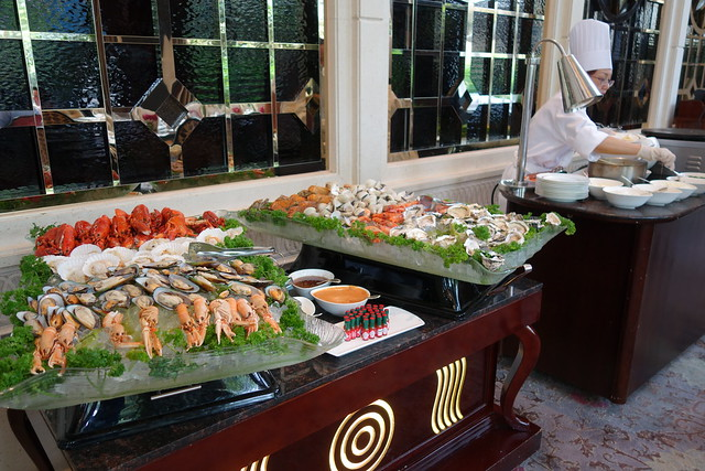 Seafood on Ice. St. Regis Singapore's Bloody Mary Brunch