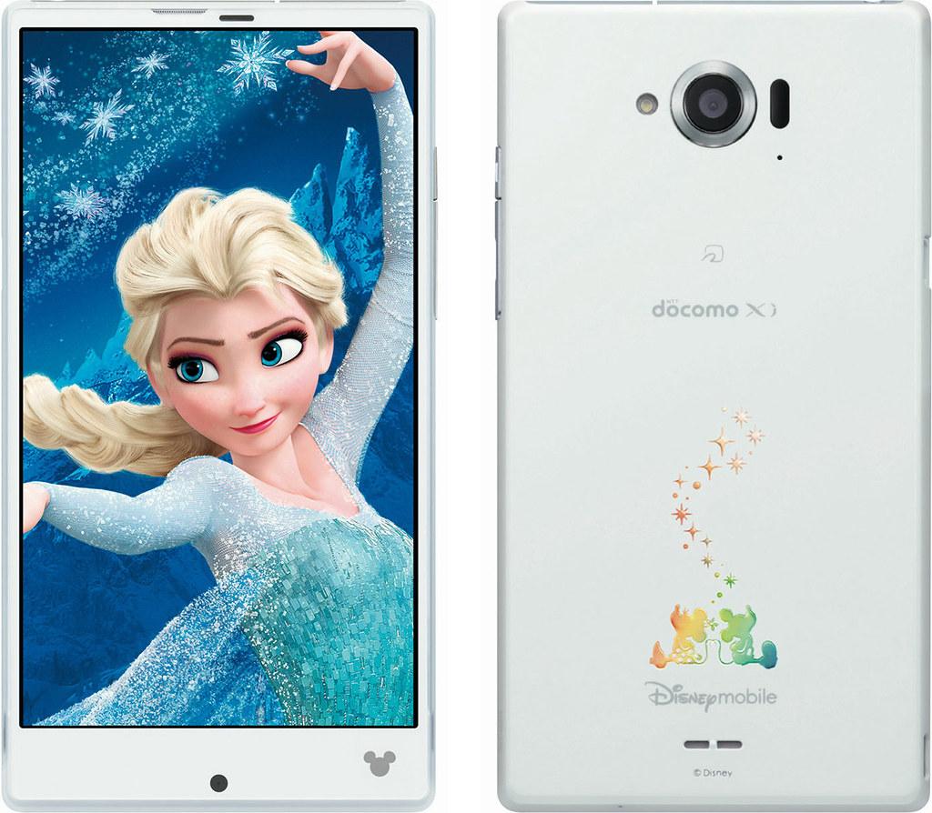 Disney Mobile on docomo SH-02G 実物大の製品画像