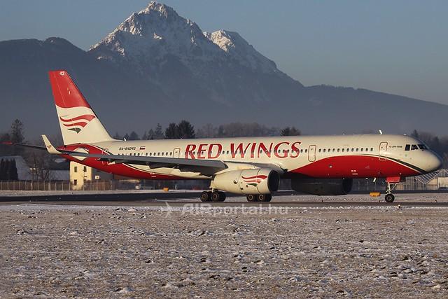 Szuhoj Superjet gépeket bérel a Red Wings