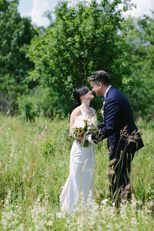 Celine Kim Photography Slit Barn Cambridge Ontario wedding photographer-23