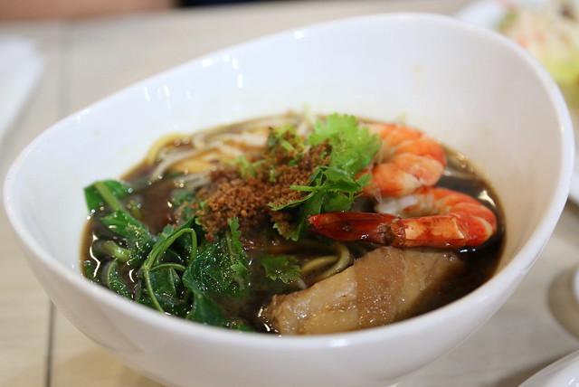 Very good Hokkien prawn noodles with pork rib