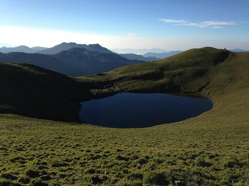 形象鮮明的嘉明湖,也成了大眾路線。