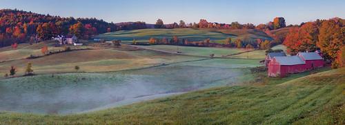 autumn panorama fall fog barn sunrise reading vermont farm fallfoliage jennefarm canonef24105mmf4l canon6d