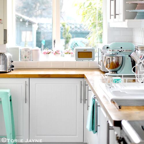 Pretty pastel kitchen