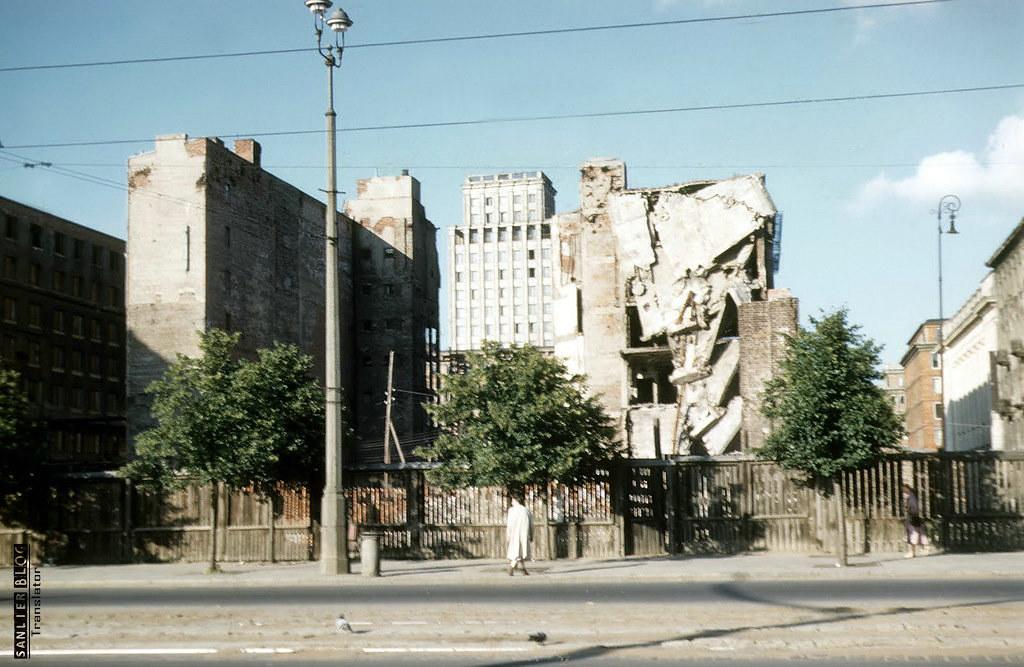 1958年华沙重建7