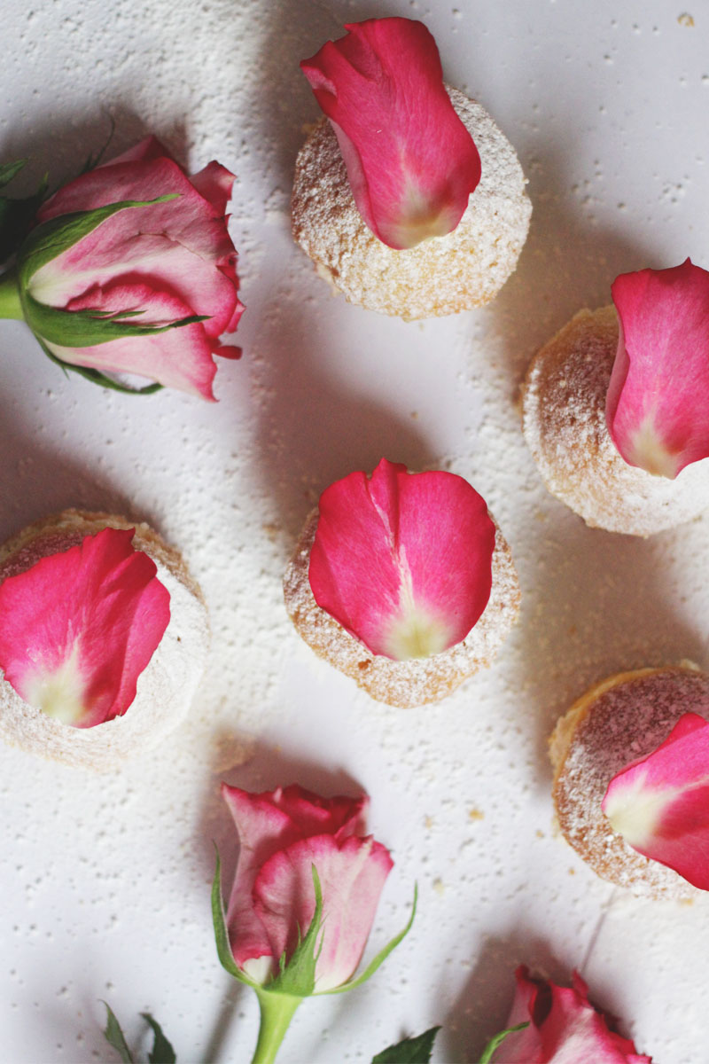 rose flavoured cakes