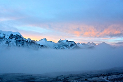 sunrise on Kala Patthar