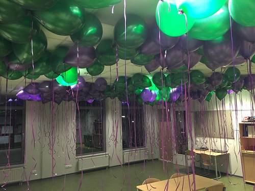 Heliumballonnen Opening Brede School Zuidland