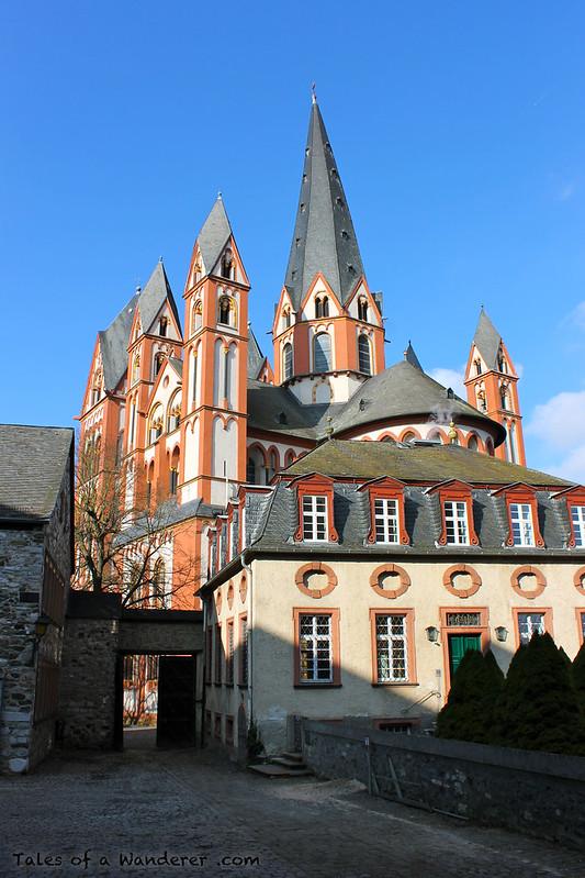 LIMBURG AN DER LAHN - Innenhof der Burg - Limburger Dom 'Dom St. Georg und Nikolaus'