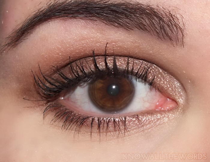 l'oreal miss manga voluminous waterproof mascara- wearing (1)